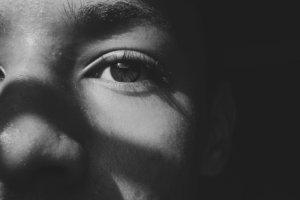 鼻が黒ずむ原因